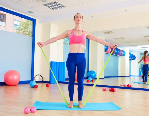 Phentramin-D Resistance Band Exercises for Your Backside