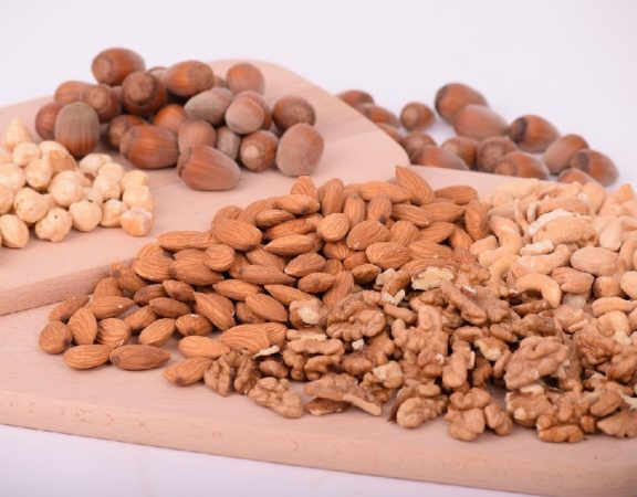 Surprising Diet Foods Including Nuts